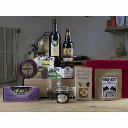 Nibbles, Tipples & Treats Food Hamper