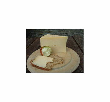 Keens' Unpasteurised Cheddar Cheese (250g)