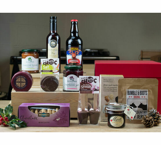 Nibbles, Tipples & Treats Christmas Hamper